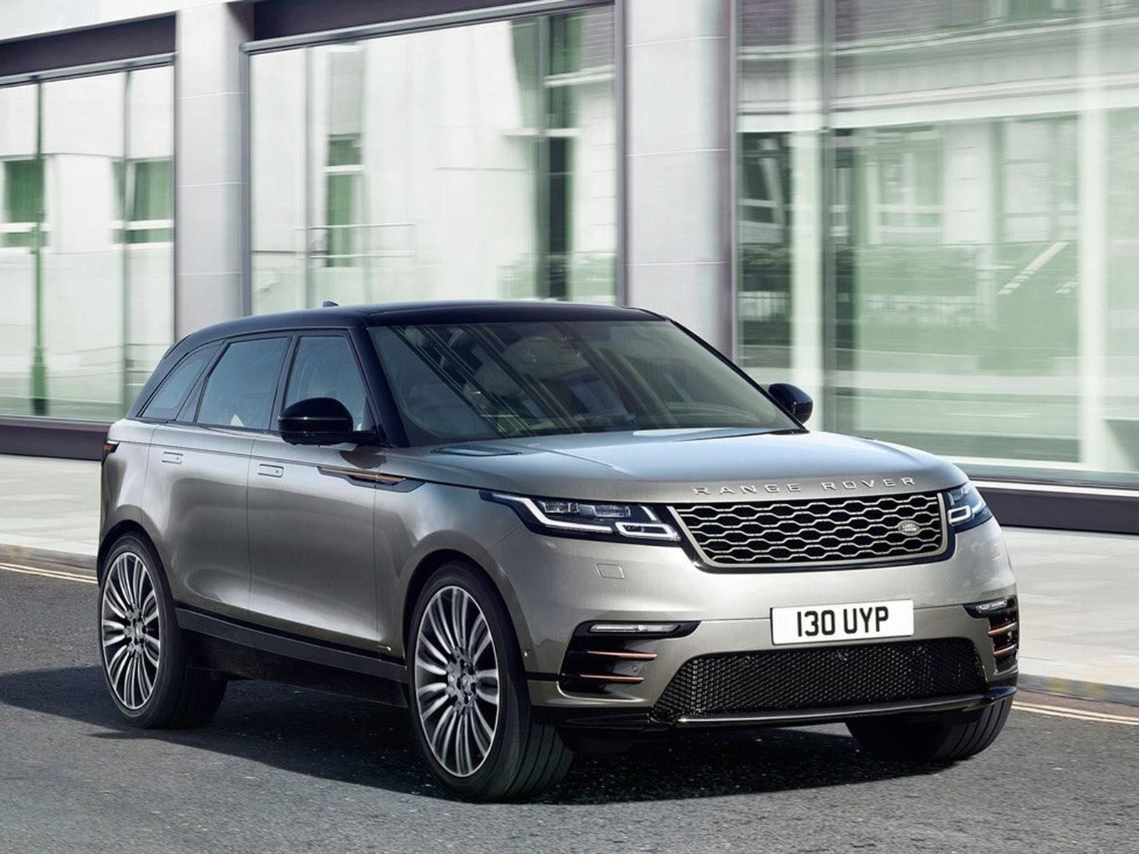 The Range Rover Velar Was So Hot Dealers Didn t Even Discount It
