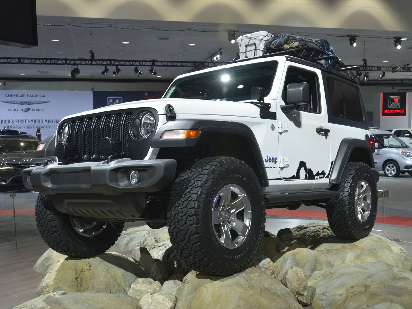 The 2018 Jeep Wrangler s New Turbo Four Costs An Extra $1 000 CarBuzz