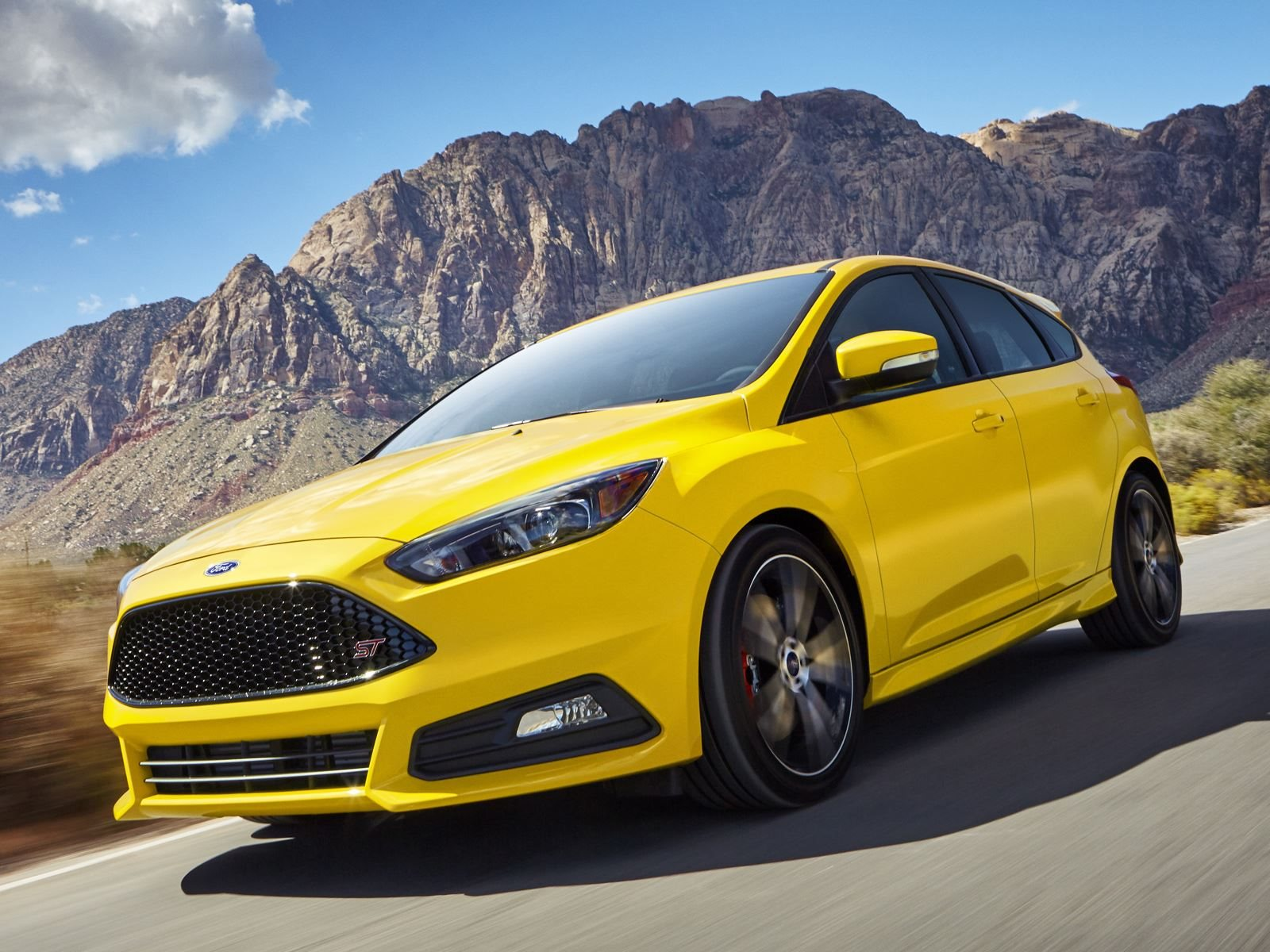 Affordable and comfortable fun 2018 ford focus st carbuzz