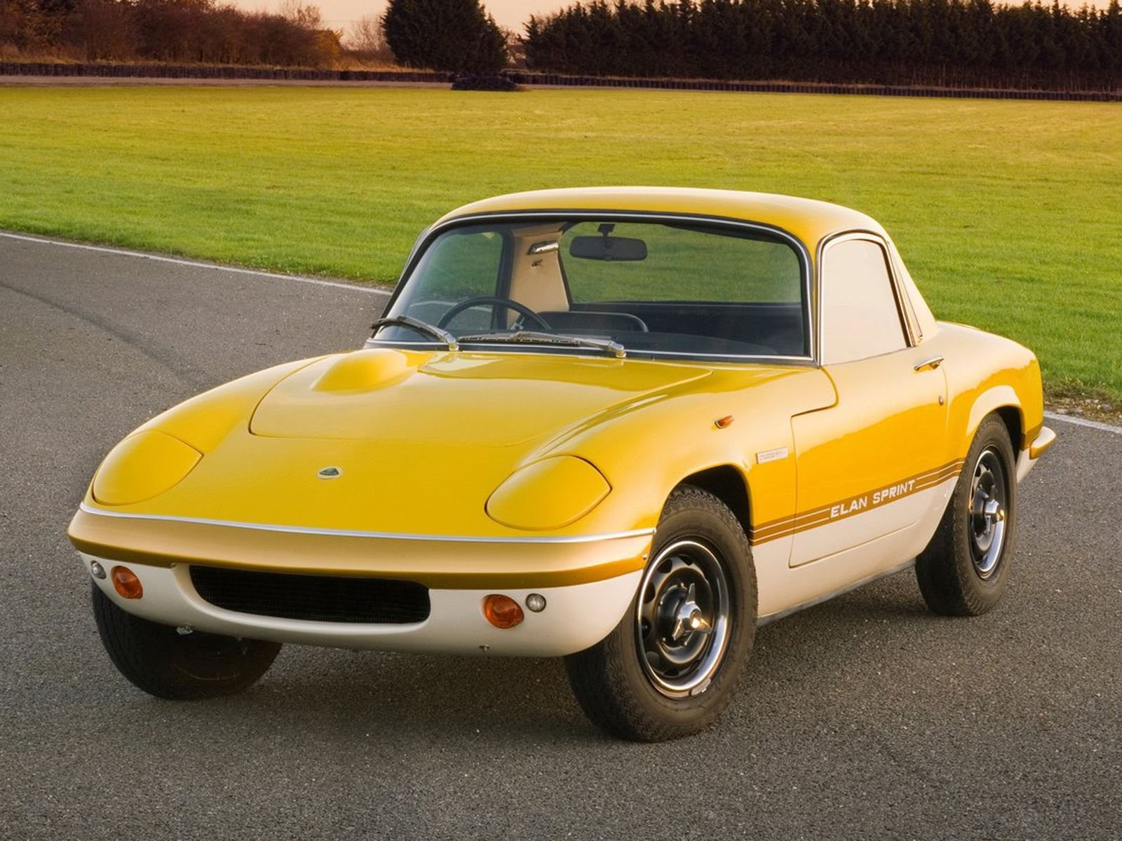 McLaren CEO Has An Awesome Obsession With The Lotus Elan CarBuzz