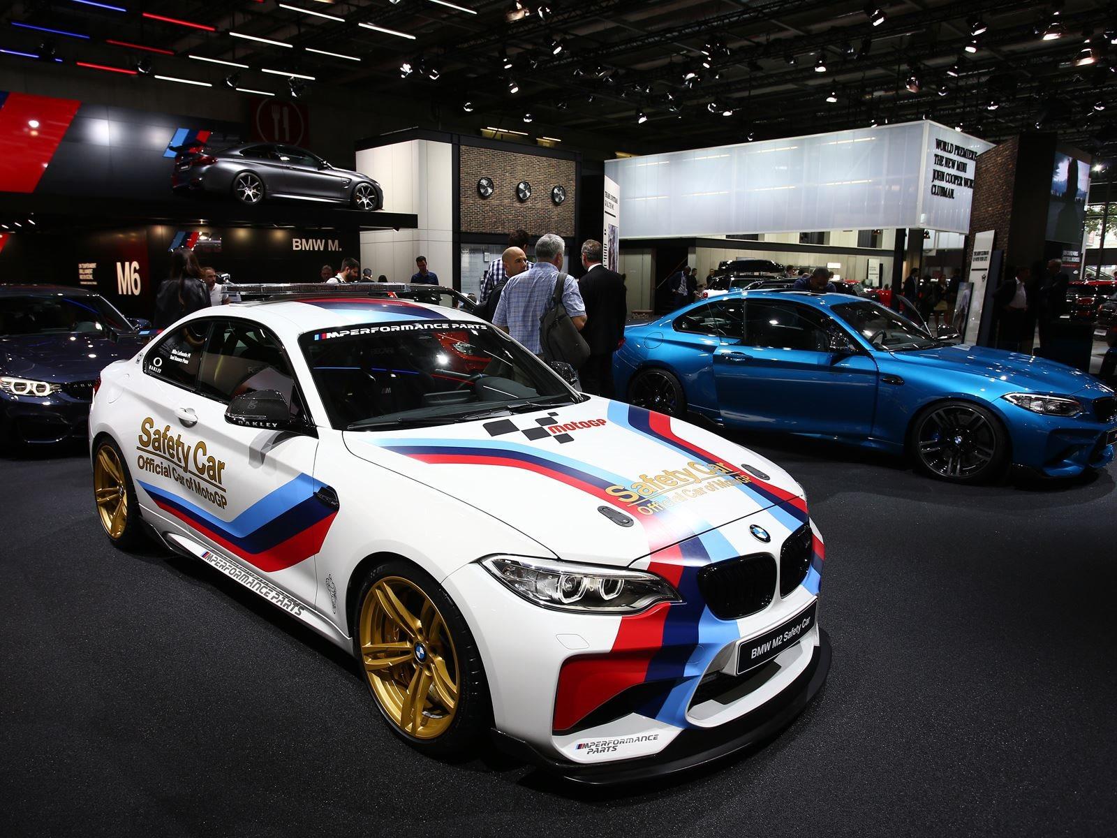 BMW Confirms World Premiere For Paris Motor Show CarBuzz - Bmw car show