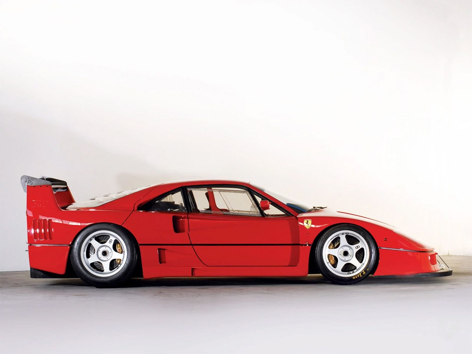 Extremely Rare Low-Mileage Ferrari F40 LM Looking For A New Home ...