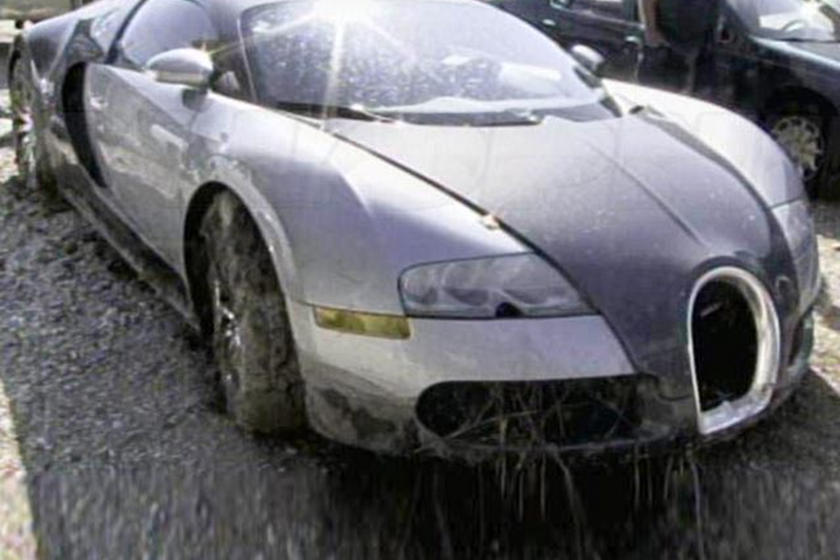 Wonderful Man Who Purposely Crashed His Bugatti Veyron Is Going To Jail   CarBuzz