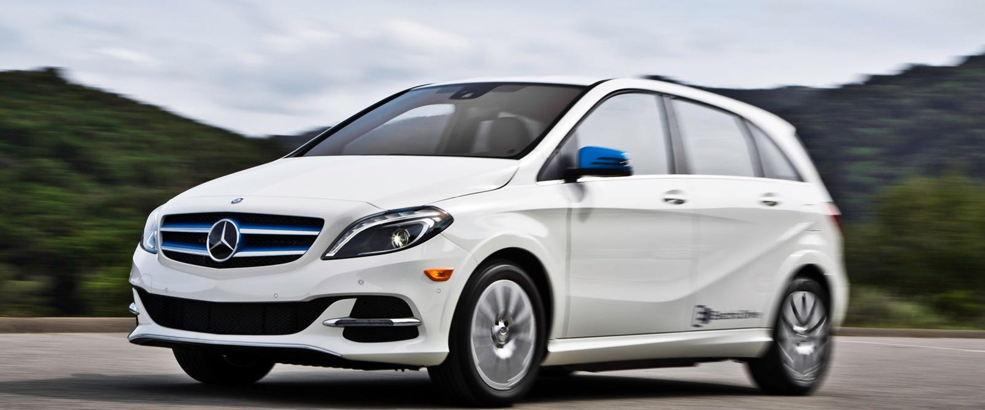 2018 mercedes benz b class electric drive review carbuzz. Black Bedroom Furniture Sets. Home Design Ideas