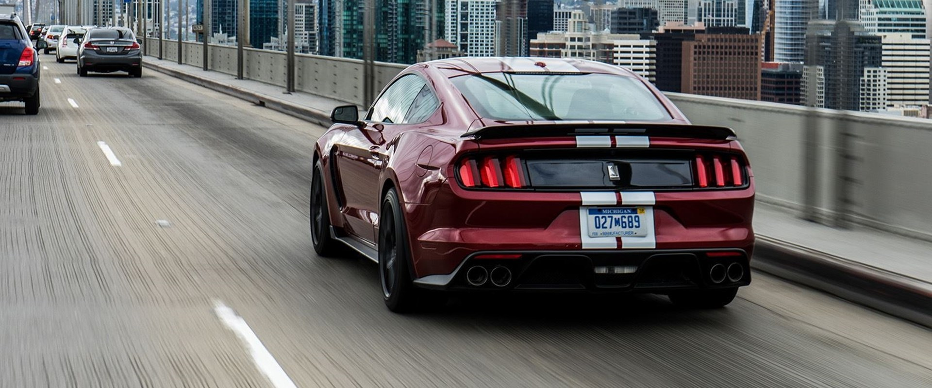 ford confirms  horsepower mustang gt   carbuzz