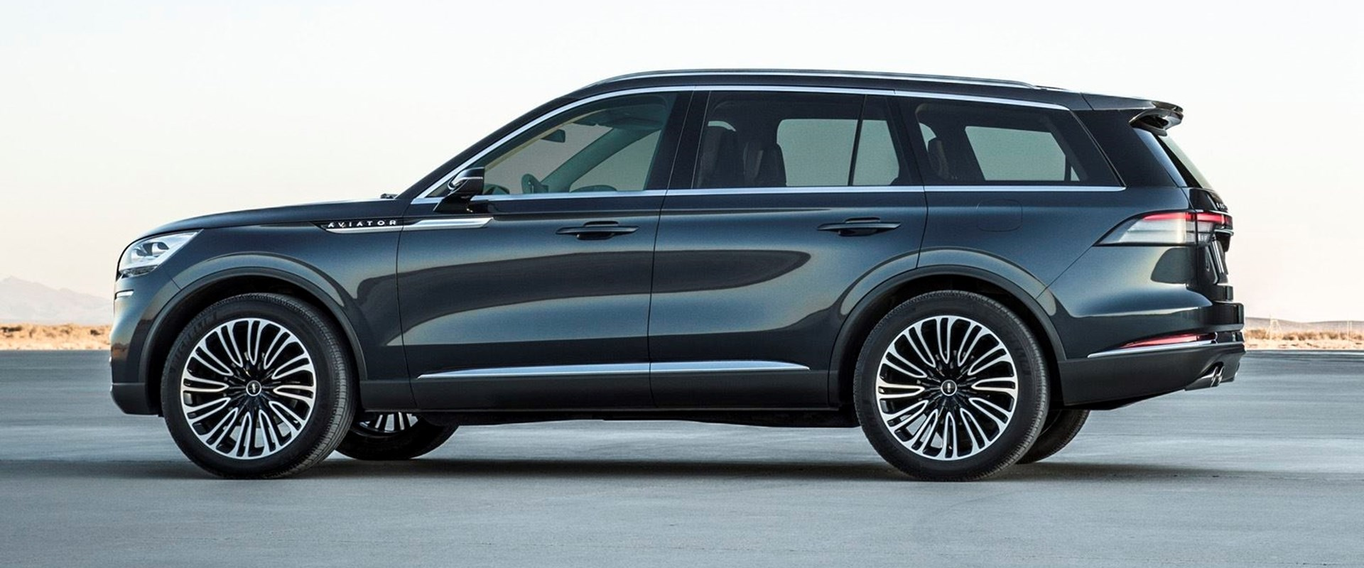 Lincoln Reimagines 2020 Aviator As Bold Turbocharged