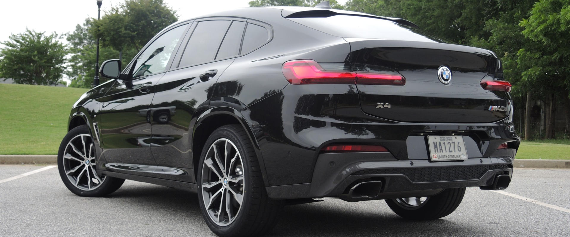 2019 bmw x4 first drive review beauty and beast become. Black Bedroom Furniture Sets. Home Design Ideas
