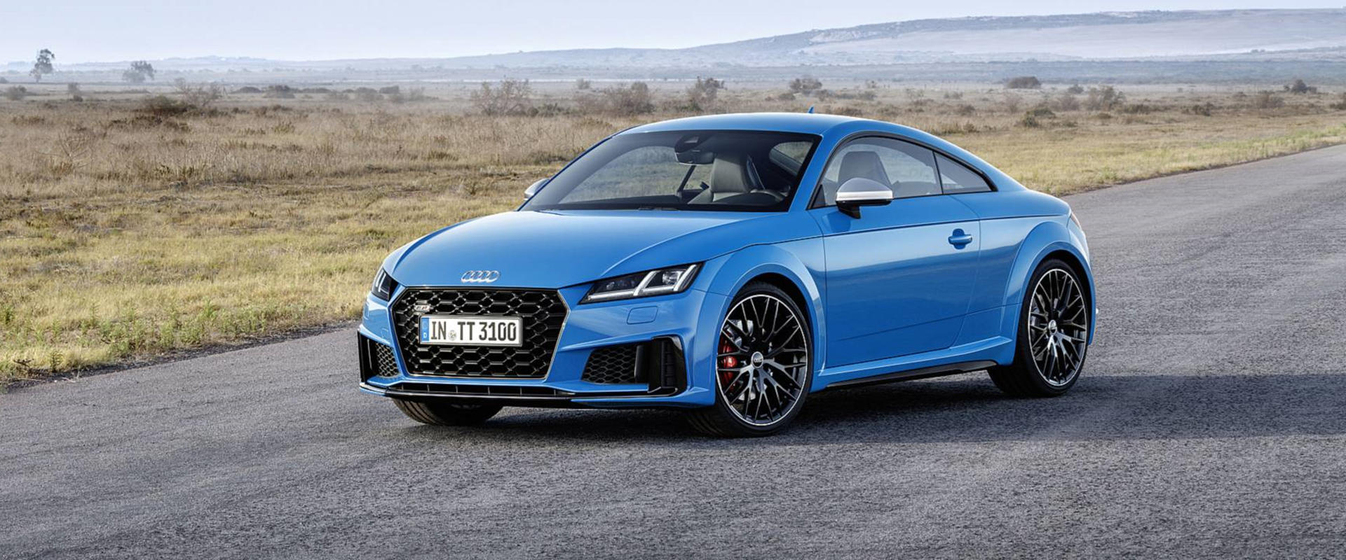 2019 audi tt arrives with sportier styling and new special editions rh carbuzz com Audi TT Roadster 2005 Audi TT Coupe