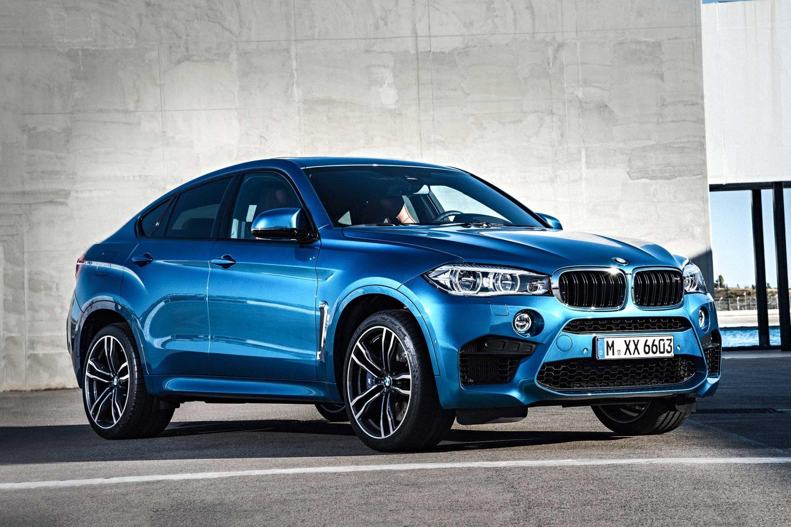 2018 bmw x6 m suv review trims specs and price carbuzz. Black Bedroom Furniture Sets. Home Design Ideas