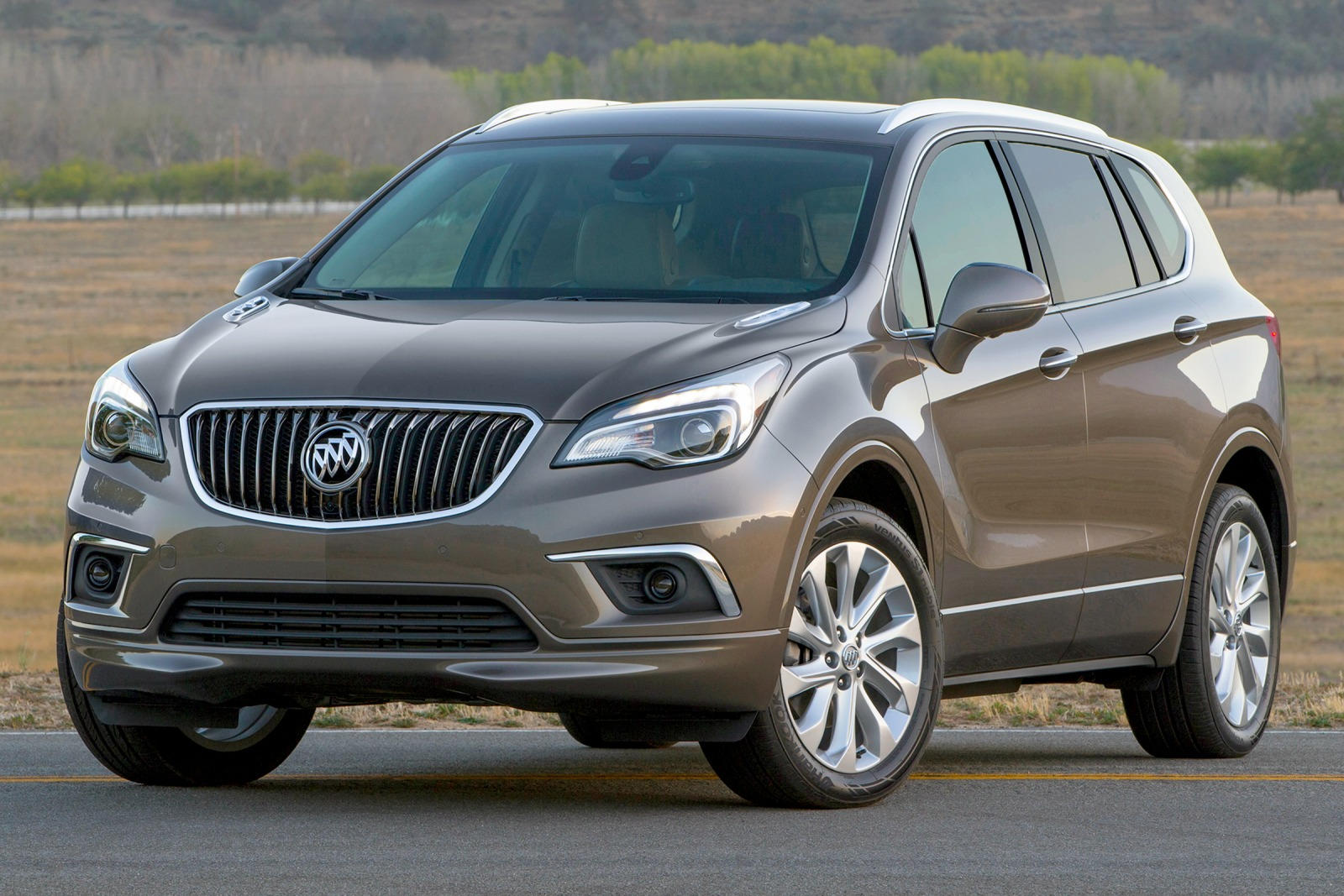 price reports suvs gets buick preview cr minor hero f for suv updates cars envision consumer