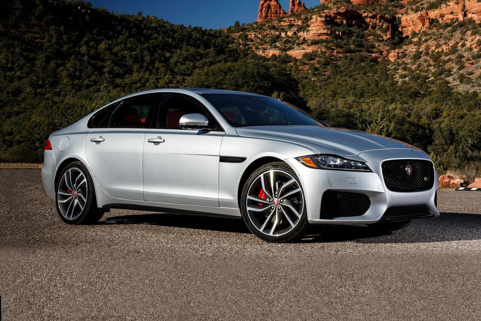 2018 jaguar xf sedan review trims specs and price carbuzz. Black Bedroom Furniture Sets. Home Design Ideas