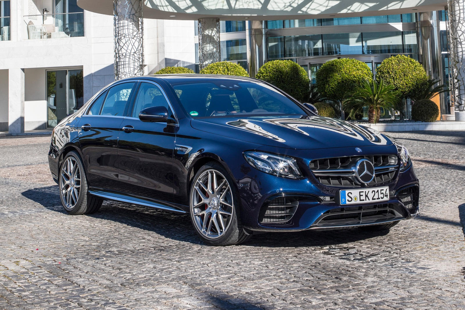 2018 Mercedes Amg E63 Sedan Review Trims Specs And Price