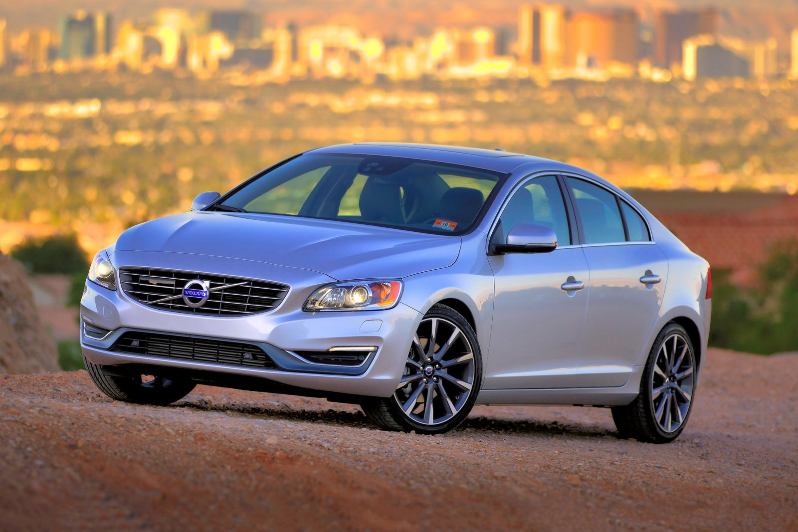 2018 volvo s60 review trims specs and price carbuzz. Black Bedroom Furniture Sets. Home Design Ideas