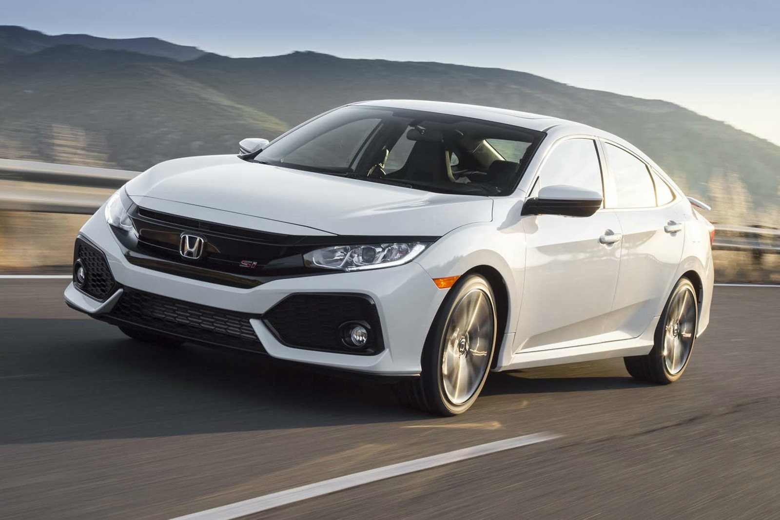 2018 Honda Civic Si Sedan Review Trims Specs And Price