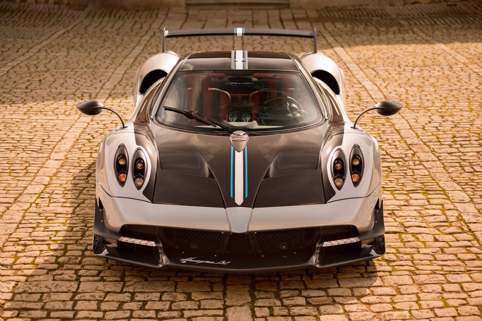 Pagani Huraya >> 2018 Pagani Huayra BC Review, Trims, Specs and Price - CarBuzz
