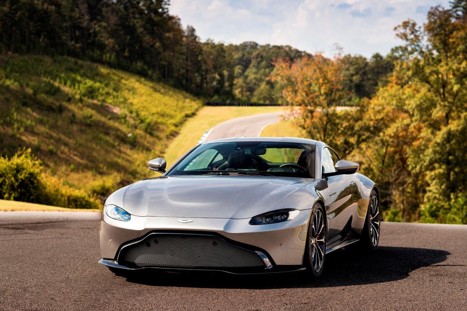 Aston Martin Vantage Coupe Review Trims Specs And Price CarBuzz - 2018 aston martin vantage