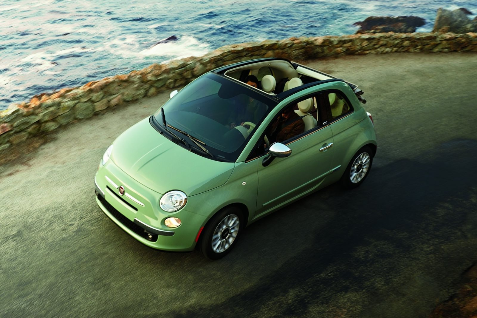 2018 fiat 500c convertible review trims specs and price carbuzz. Black Bedroom Furniture Sets. Home Design Ideas