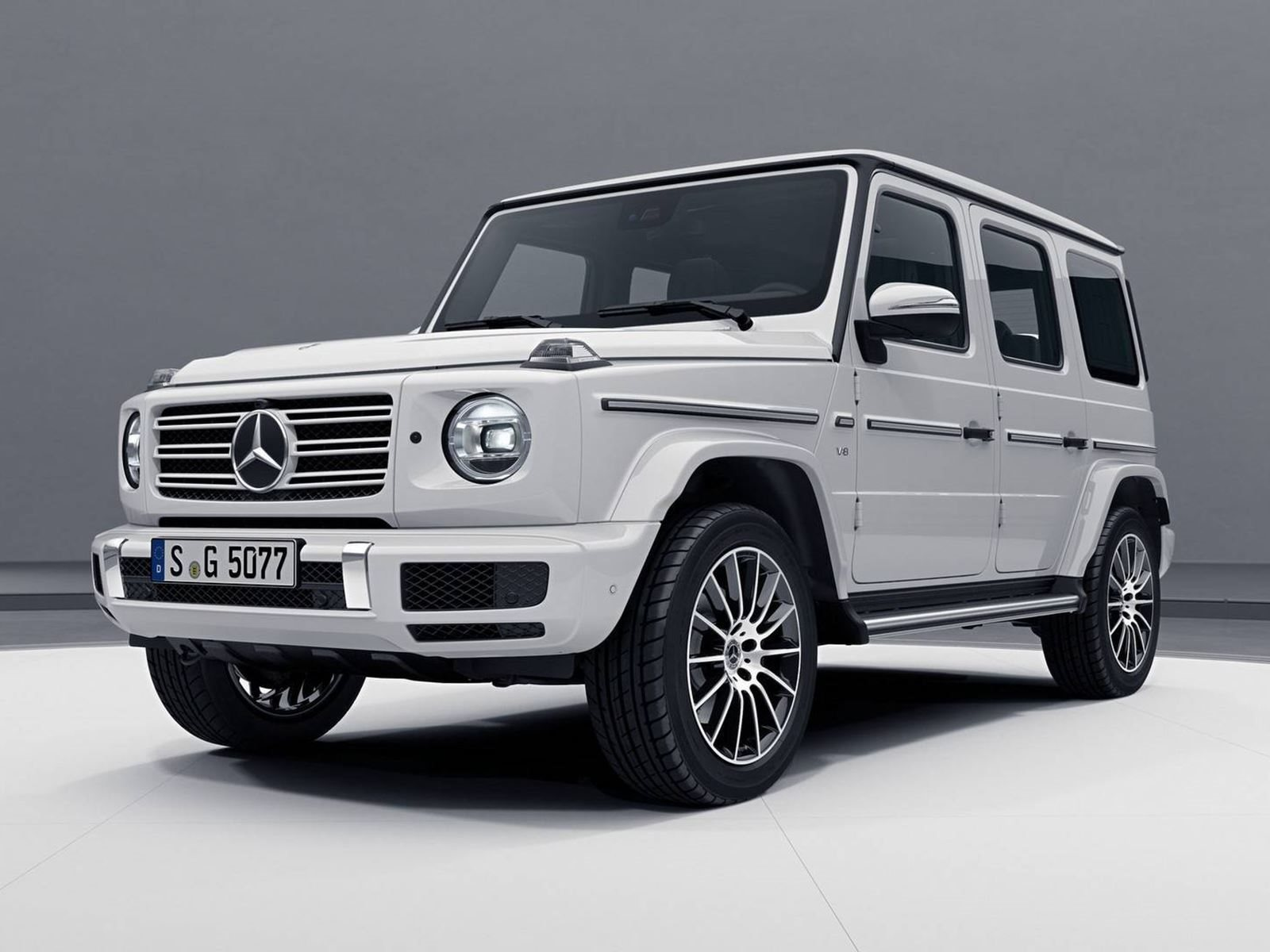 This is what the new mercedes amg g63 will look like carbuzz for Mercedes benz that looks like a jeep