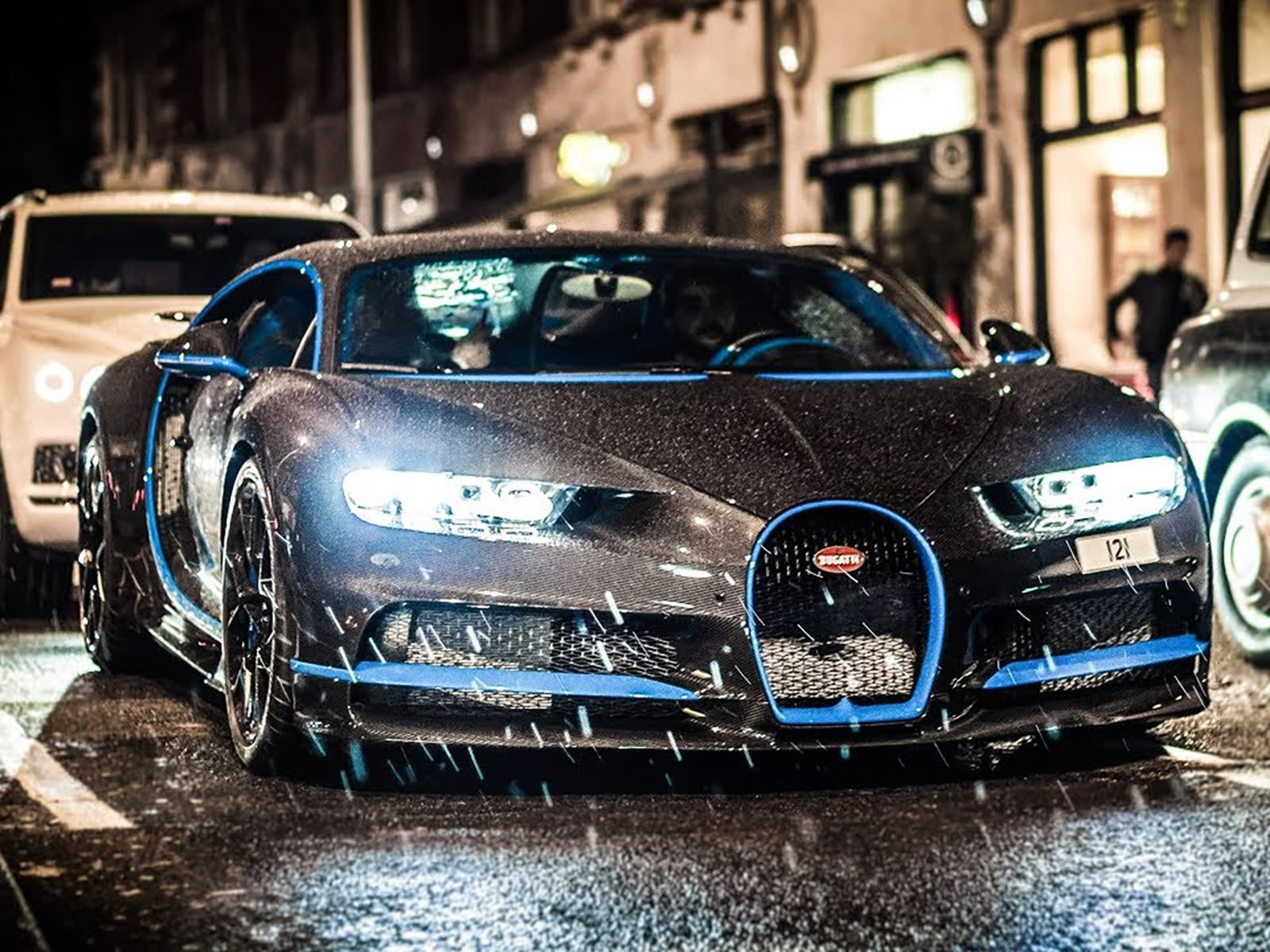 Bugatti Chiron Roams London With A 700 000 Option Carbuzz