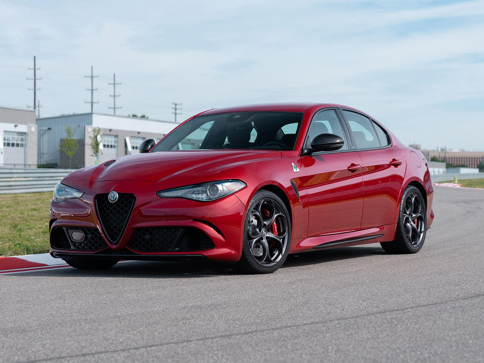 2019 alfa romeo giulia arrives with new sporty styling packages carbuzz. Black Bedroom Furniture Sets. Home Design Ideas