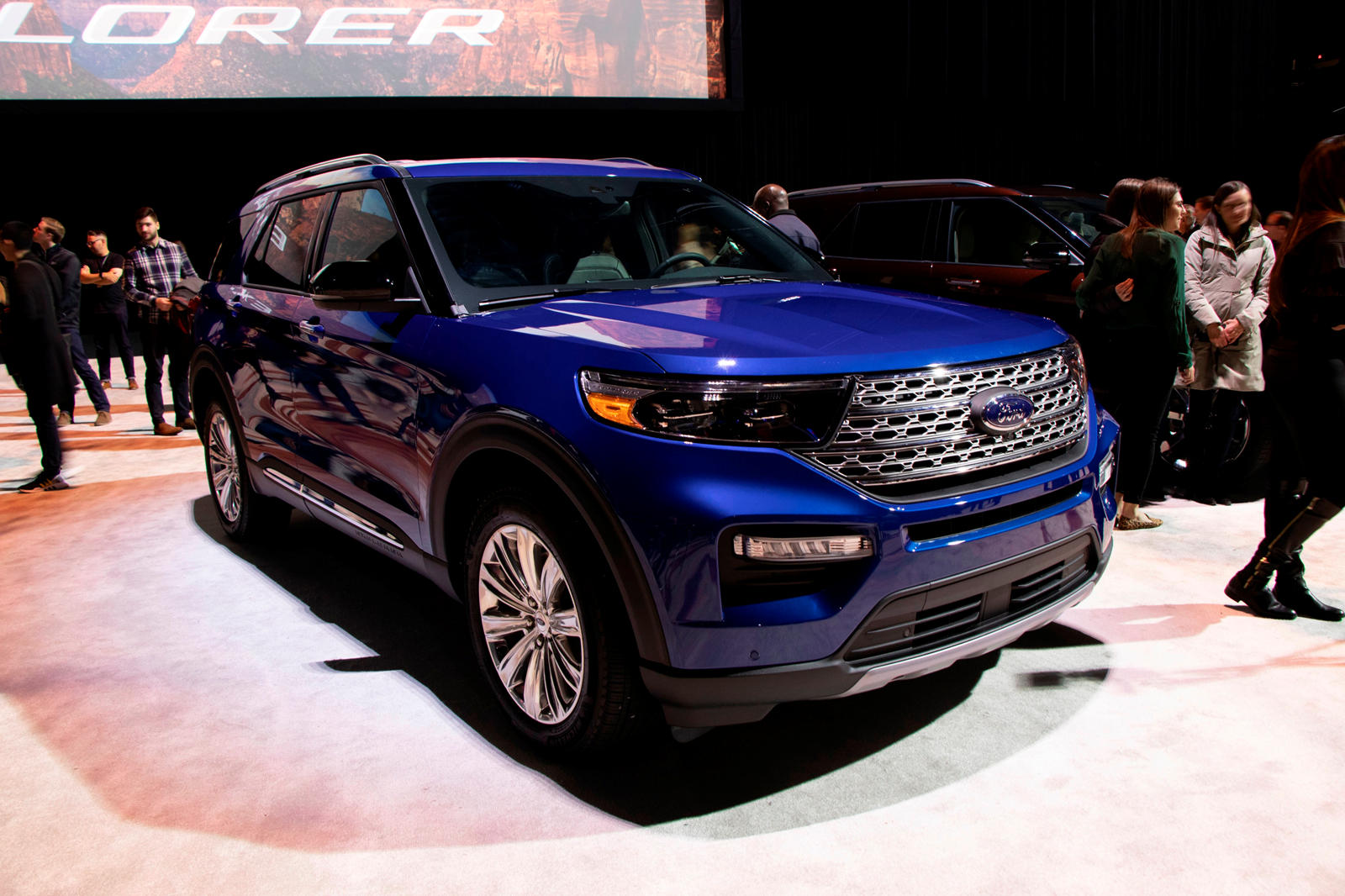 Here It Is The Ford Explorer 2020 Comes With Rear Wheel Drive Tech2