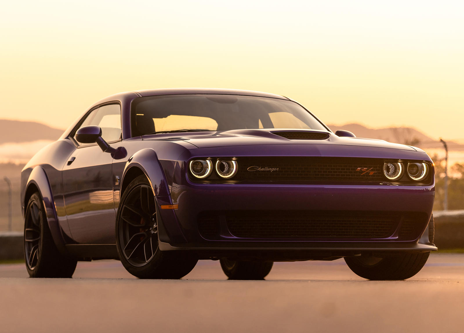 How The Dodge Challenger Is Similar To Jeep Wrangler And Porsche 911