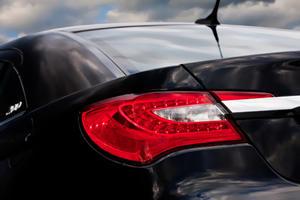 Meet the 2011 Chrysler 200 Sedan