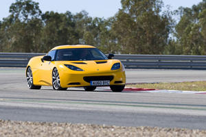 First Look: 2011 Lotus Evora S