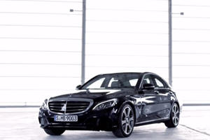 "Closer Look at the ""Sensual Purity"" of the New C Class"
