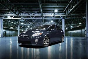 2011 Toyota Prius Plus Performance Package Price Announced