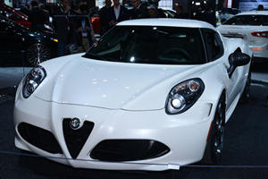 Alfa Romeo 4C Launch Edition Marks Carmaker's Return to US