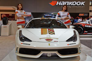 Hot Girls of Essen Motor Show 2014 Rival Any of the Beauties from SEMA