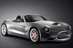 Listen to the Beautiful Engine Sound of the Gorgeous Cobra-Inspired Puritalia 427