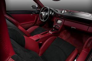 Vilner Upgrades Porsche 911 Turbo Cabrio with New Interior and 561 HP