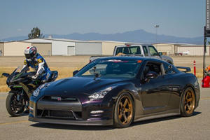 1,350 HP Nissan GT-R Vs. Hyperbike Crotch Rocket: Who Wins This Time?