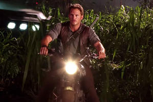 "How Much Would You Pay For Chris Pratt's ""Jurassic World"" Motorcycle?"