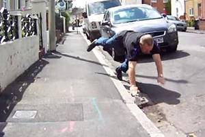 British Road Rager Tries To Chase And Thrash Cyclist, Ends Up Eating Sh** Instead