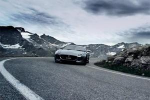 Video: 2011 Jaguar C-X16 Concept Cruising Through the Mountains