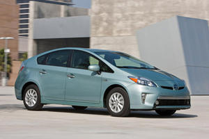 2012 Toyota Prius Plug-In Fuel Economy Numbers Released