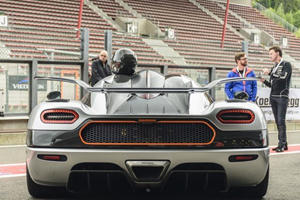 This Is What The Fastest Production Car In The World Sounds Like