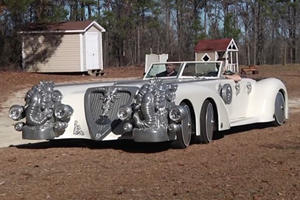This Replica League Of Extraordinary Gentlemen Car Is Better Than The Real Thing