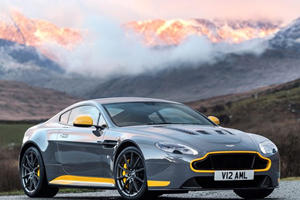 Yes! The Aston Martin V12 Vantage S Now Comes With A Manual