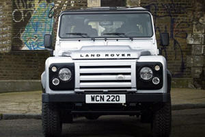 Why Are So Many People Stealing Land Rovers?