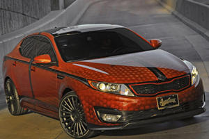 Kia Slam Dunks SEMA 2011 with Basketball-Themed Optima Hybrid