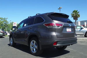 Does The Toyota Highlander Hybrid Prove Crossovers Can Be Efficient?