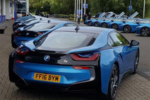 Did Leicester City Really Just Give Each Player A New BMW i8?