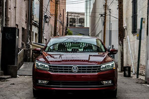 3 Reasons To Love And Hate A VW Passat Over A Honda Accord