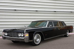 Steve McQueen's Lincoln Continental Limousine Lets You Travel In Style