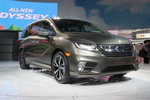 The Honda Odyssey Could Receive Hybrid Tech From The Acura NSX
