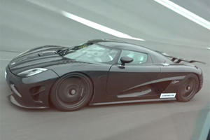 Koenigsegg Agera R Street Races Bugatti Veyron Grand Sport